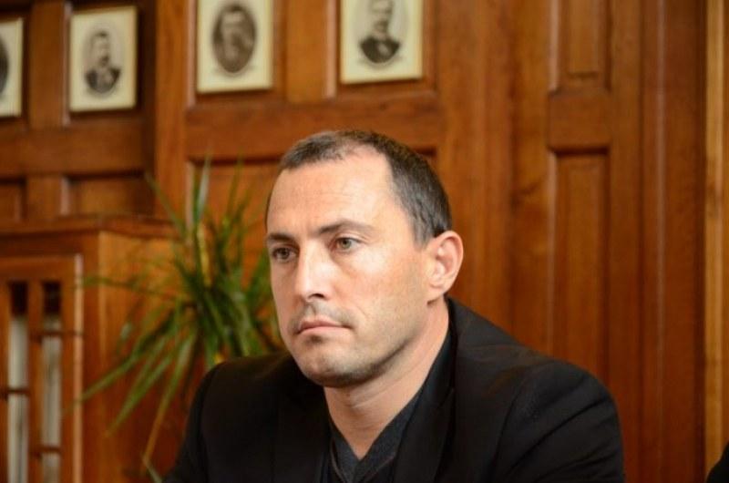 Ральо Ралев подаде оставка като кмет на