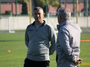 Диян Божилов се присъедини към Ботев, канарчетата уредиха контрола