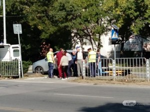Джип помете дете на пешеходна пътека в Пловдив, откараха го в болница с линейка