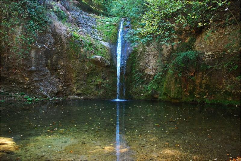 Водопад Лястовичи вир - леснодостъпна дестинация на 40 минути от Пловдив