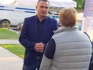 """Иван Стоянов решава проблеми, поставени от живеещите в квартал """"Каменица 2"""