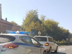Два мерцедеса се удариха заради предимство на пешеходец в Пловдив