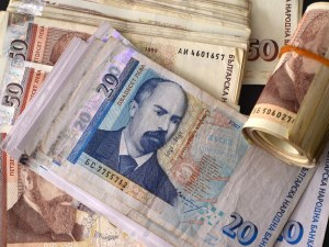 Пловдивският съд остави в ареста лихвар, раздал 6 милиони лева заеми