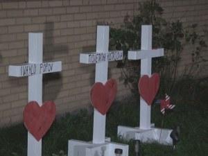 Стрелецът от Чикаго заплашвал съседите си преди разстрела, писал им писма