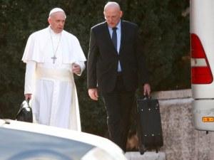 Защо папата уволни своя ангел-пазител