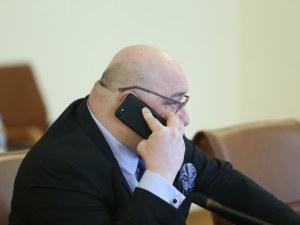 Кралев контра на президента: Пита дали подкрепя корупцията в спорта