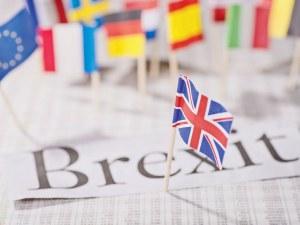 Брекзит на финал, преговорите продължават днес