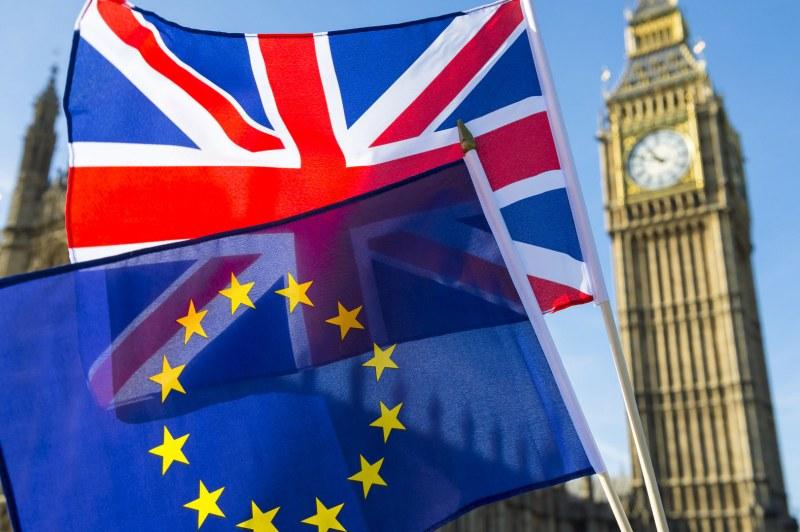 Великобритания и ЕС с нова сделка за Брекзит, Юнкер и Джонсън се похвалиха