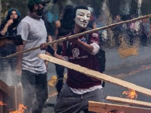 Първи жертви на безредиците в Чили