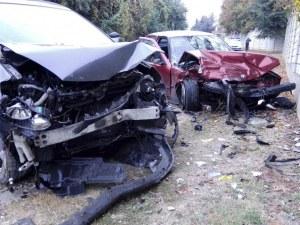 Три коли се удариха в Шумен, трима са в болница