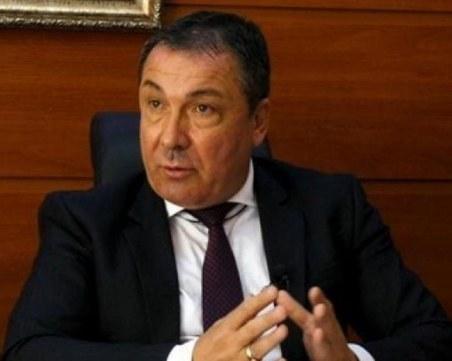 ЦИК даде кмета на Несебър на прокуратурата, той обвини олигарси с яхти