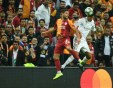 Зидан оцеля след първа победа на Реал, Дибала спаси Ювентус