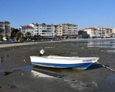 Паника в Турция! Морето се отдръпна с 25 метра