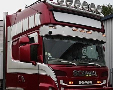 Камионът ковчег минавал преглед у нас, без да влиза в България