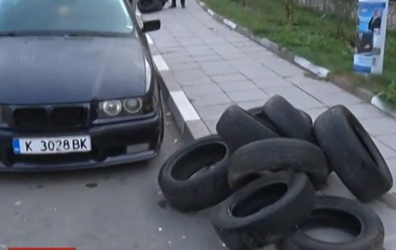 Кой стои зад погрома в Черноочене? Вандализъм или предизборно предупреждение