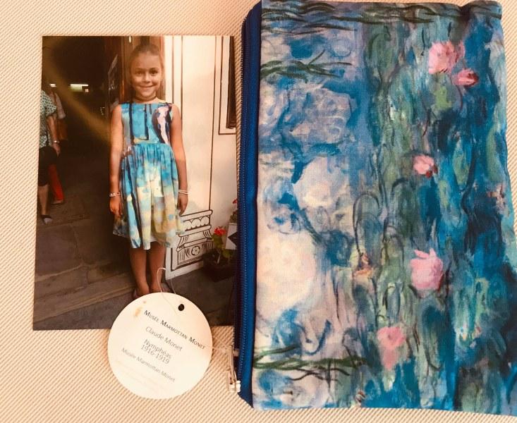 Специалист от Музея на керамиката в Севр подари чантичка с Моне на пловдивско момиченце