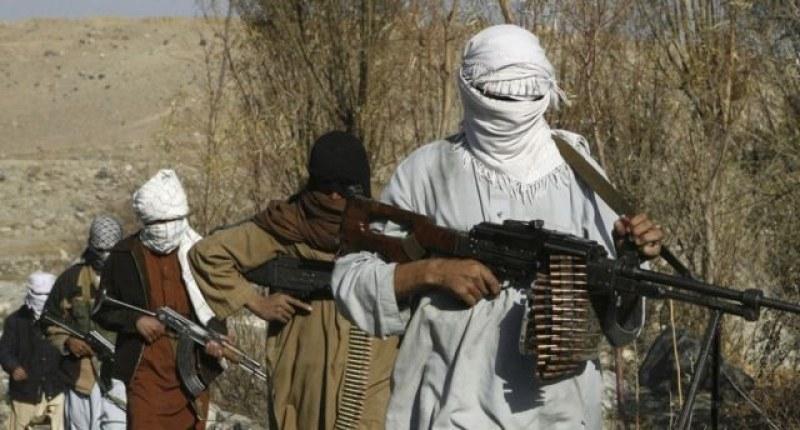 Талибани убиха 5-а полицаи в Афганистан, заловиха 8 души