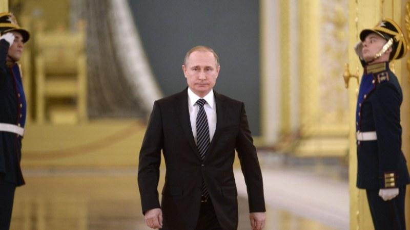 Из документи на КГБ: Путин бе съвестен и дисциплиниран шпионин