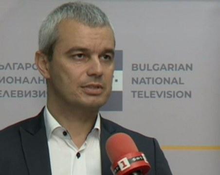 Костадин Костадинов: Не можахме да убедим хората във Варна, че от изборите нещо зависи