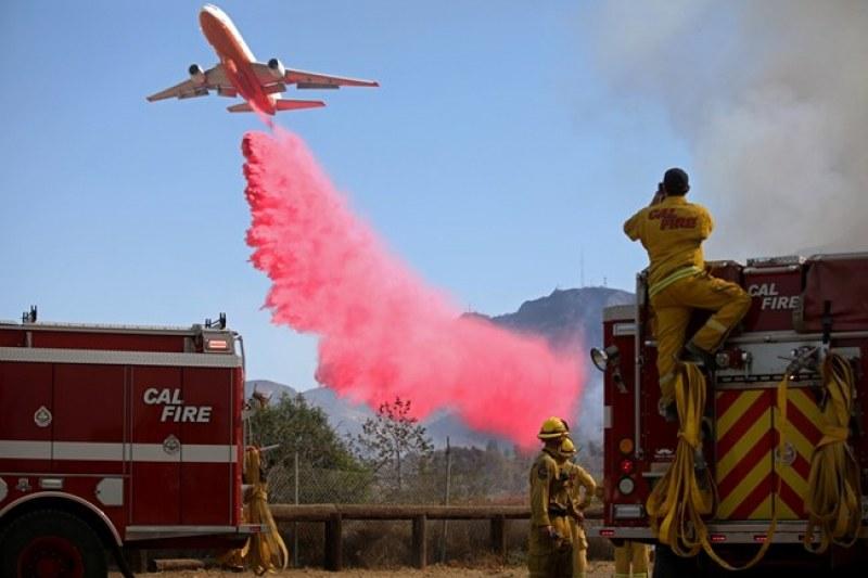 Овладяха голяма част от пожарите в Калифорния