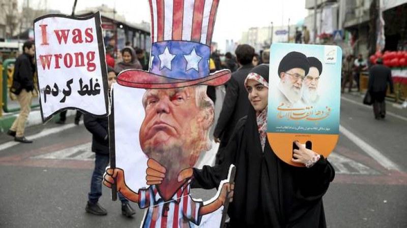 Хиляди иранци скандират
