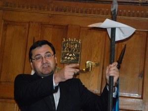 Пловдивчани нямаше как да изберат кмет, живеещ в миналото, без визия за бъдещето