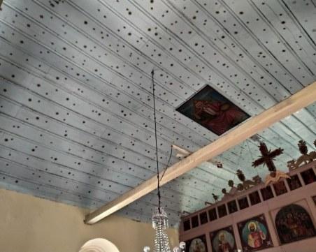 Нагли апаши обраха русенски храм два пъти само за седмица