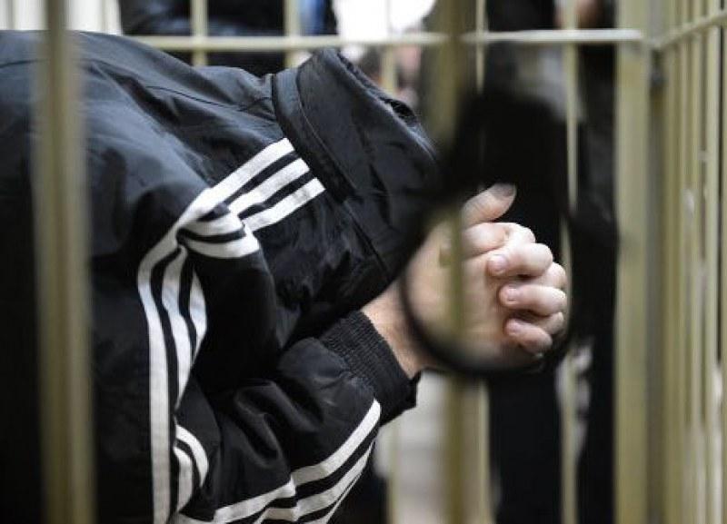 Непълнолетни хулигани разбиха автомати за кафе в Кърджалийско