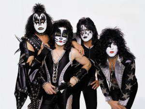 Прощално турне: KISS свирят за последен път у нас през юли 2020 г.