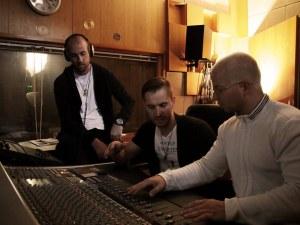 Пловдивски музиканти разтърсиха тепетата с балада