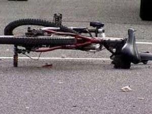 Велосипедист загина, след като бе блъснат от микробус на АМ