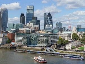Великобритания увеличава 4 пъти броя на сезонните работници