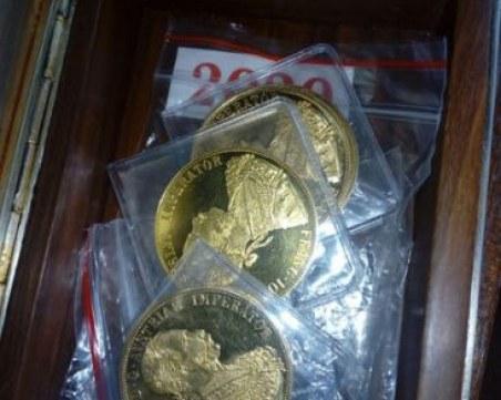 Намерили над 1800 златни монети в тримата земеделци от Павликени