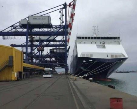Отваряме пристанище Варна за най-тежките кораби