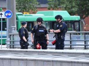 Откриха стрелба по пицария в Швеция, 15-годишна загина