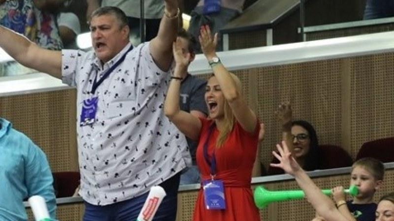 Искат да махнат Любо Ганев от федерацията по волейбол