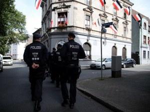 Задържаха трима заподозрени в подготовка на бомбен атентат в Германия