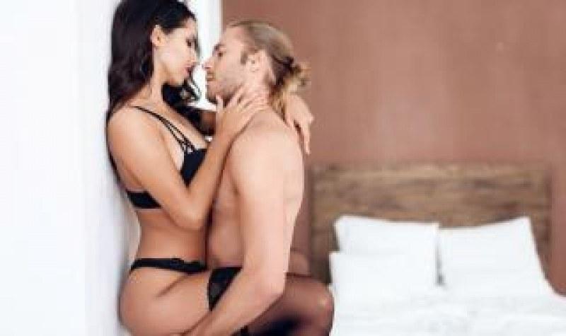 5 секс пози, с които да разнообразите нощите в спалнята