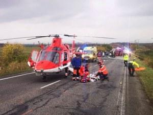 13 загинали след тежка катастрофа между автобус и камион в Словакия