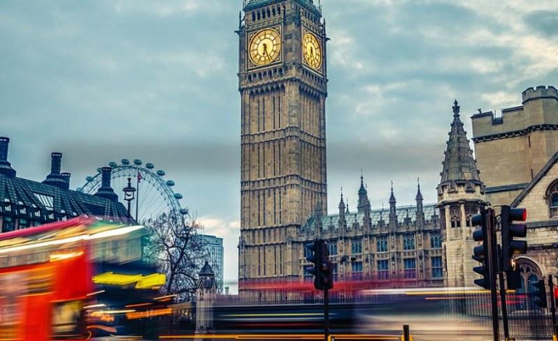 900 българи на ден подават молба да останат в Англия