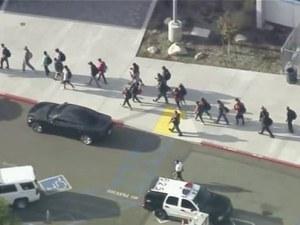 Стрелба в училище до Лос Анджелис! Най-малко 6 души са ранени