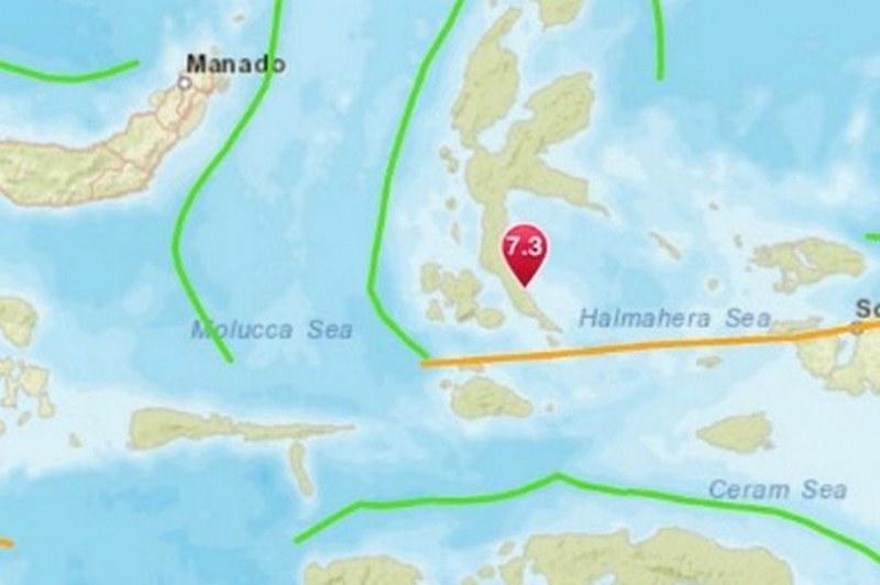 Земетресение от 7,4 по Рихтер в Индонезия! Подадоха сигнал за цунами