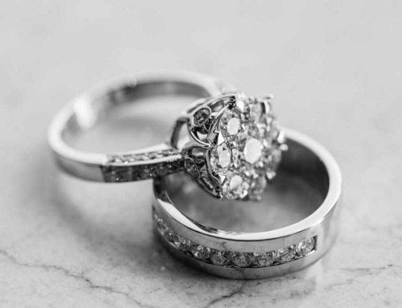 Парамедичка отряза пръст на починала жена заради диамант