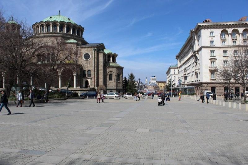 Седем архитектурни екипи от 4 държави с проекти за площад