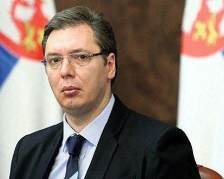 Приеха по спешност сръбския президент в болница