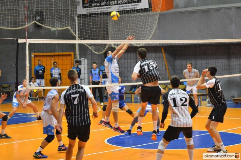 Локо с първа загуба във Висшата лига по волейбол