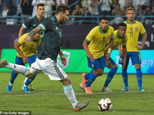 Меси казал на бразилския треньор да си затваря устата