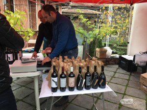 Отбрани вина и ордьоври с трюфел събраха пловдивчани в Стария град