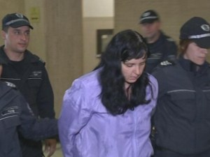 Намалиха присъдата на акушерката, била бебето Никол – ще лежи 16 години в затвора