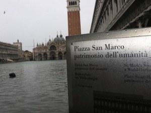 Един милиард евро ще струва наводнението на Венеция